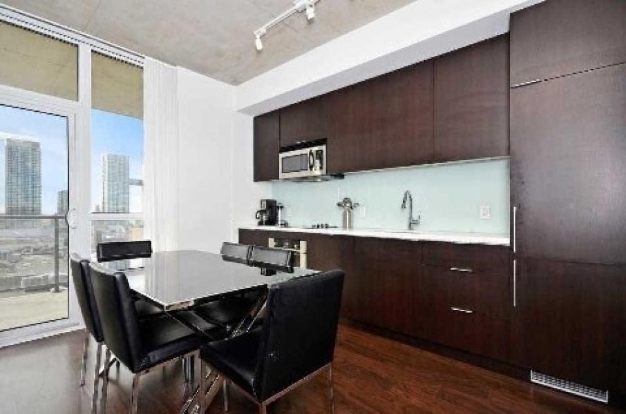 478 King,Toronto,Canada,2 Bedrooms Bedrooms,2 BathroomsBathrooms,Condo,King,1106
