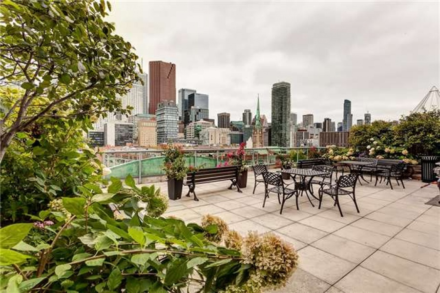 109 Front St E, Toronto, Canada, 1 Bedroom Bedrooms, ,1 BathroomBathrooms,Condo,Leased,Front St E,1111