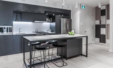 1331 Queen East, Toronto, Canada, 2 Bedrooms Bedrooms, ,2 BathroomsBathrooms,Condo,Sold,Queen East,1122