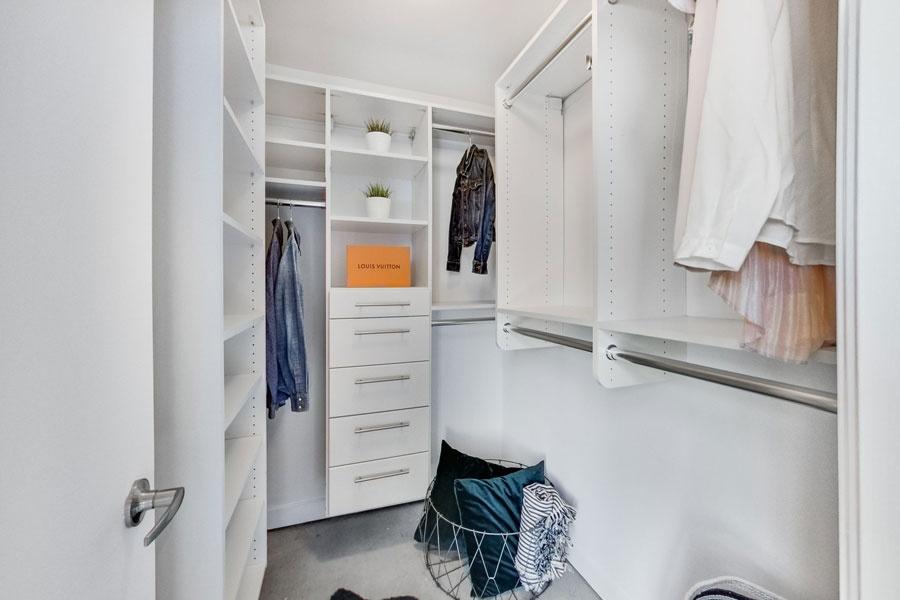 363 Sorauren, Toronto, Canada, 1 Bedroom Bedrooms, ,1 BathroomBathrooms,Condo,Sold,Robert Watson Lofts,Sorauren,1141