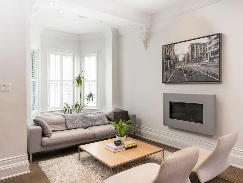 252 Lisgar, Toronto, Canada, 4 Bedrooms Bedrooms, ,3 BathroomsBathrooms,House,Purchased,Lisgar,1146