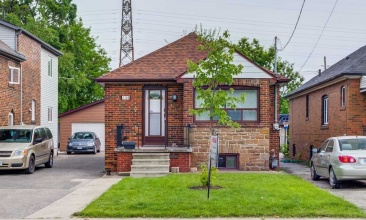 135 Foxwell St, Toronto, Canada, 2 Bedrooms Bedrooms, ,2 BathroomsBathrooms,House,Purchased,Foxwell St,1148