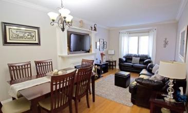 147 Ellins, Toronto, Canada, 2 Bedrooms Bedrooms, ,1 BathroomBathrooms,House,Leased,Ellins,1169