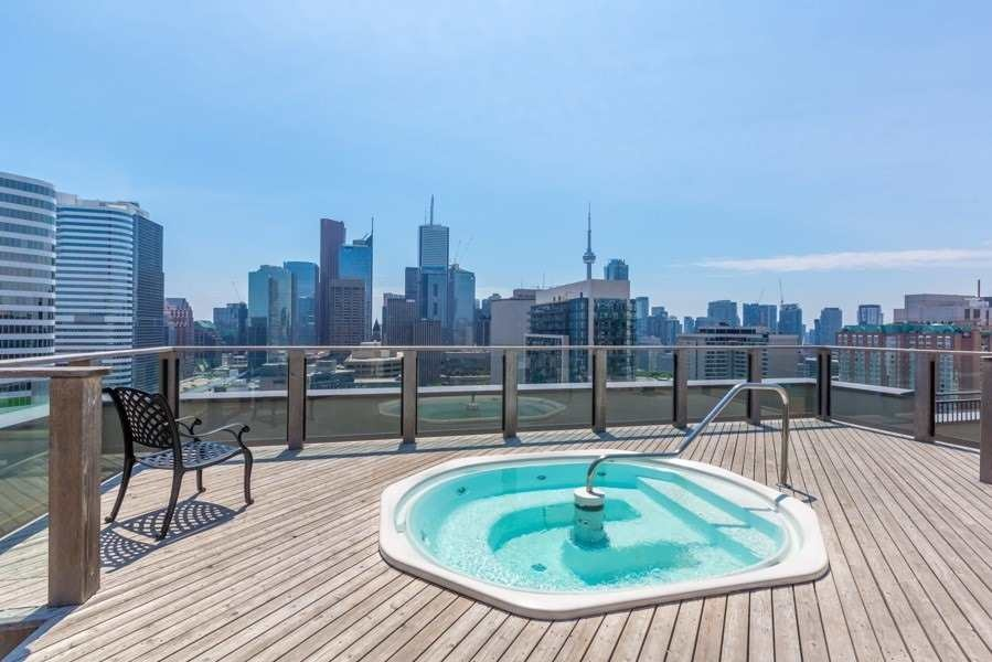 633 Bay, Toronto, Canada, 2 Bedrooms Bedrooms, ,2 BathroomsBathrooms,Condo,Leased,Bay,1185