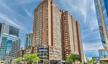 633 Bay, Toronto, Canada, 2 Bedrooms Bedrooms, ,2 BathroomsBathrooms,Condo,Leased,Bay,1185