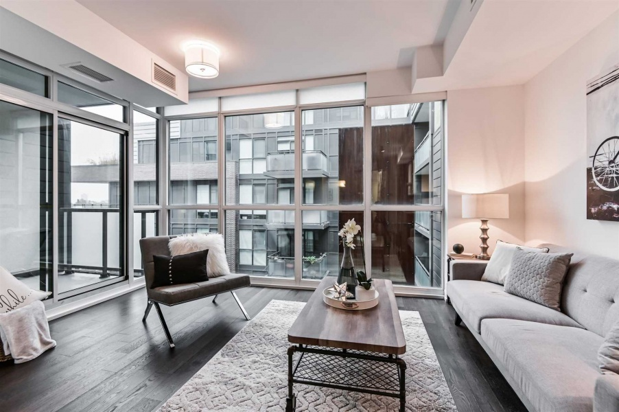 36 Howard Park, Toronto, Canada, 2 Bedrooms Bedrooms, ,2 BathroomsBathrooms,Condo,Purchased,Howard Park,1186