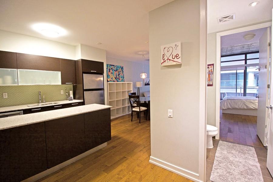 10 Morrison, Toronto, Canada, 1 Bedroom Bedrooms, ,1 BathroomBathrooms,Condo,Leased,Morrison,1188