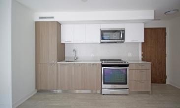 30 Baseball Pl, Toronto, Canada, 2 Bedrooms Bedrooms, ,2 BathroomsBathrooms,Condo,Leased,Baseball Pl,1194