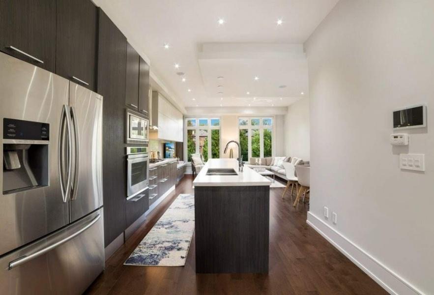298 Manor, TORONTO, Canada, 4 Bedrooms Bedrooms, ,5 BathroomsBathrooms,House,Purchased,Manor,1195
