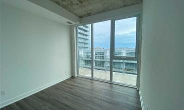 30 Baseball Place, Toronto, Canada, 2 Bedrooms Bedrooms, ,2 BathroomsBathrooms,Condo,Leased,Baseball Place,1212