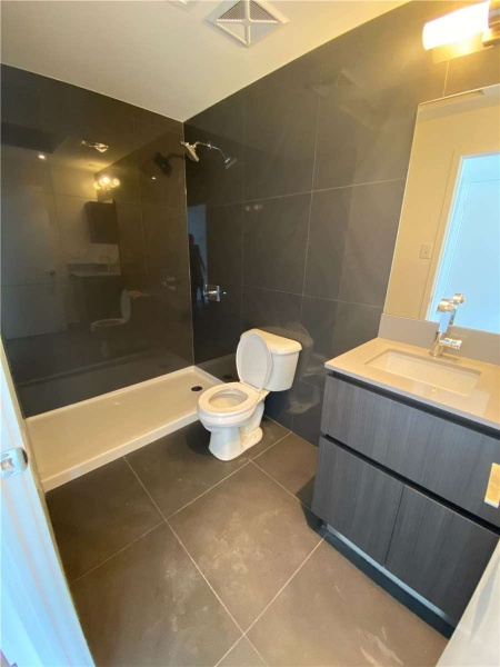 30 Baseball Place, Toronto, Canada, 2 Bedrooms Bedrooms, ,2 BathroomsBathrooms,Condo,For Rent,Baseball Place,1212