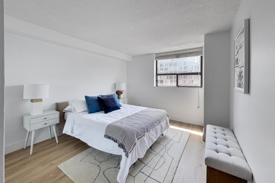 60 St Patrick St, Toronto, Canada, 1 Bedroom Bedrooms, ,1 BathroomBathrooms,Condo,Sold,St Patrick St,1215