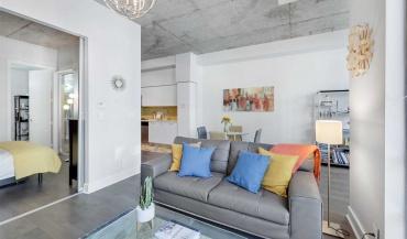 399 Adelaide St W, Toronto, Canada, 1 Bedroom Bedrooms, ,2 BathroomsBathrooms,Condo,For sale,399 Lofts,Adelaide St W,1217