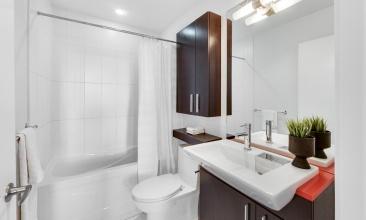 8 Telegram Mews, Toronto, Canada, 2 Bedrooms Bedrooms, ,2 BathroomsBathrooms,Condo,Leased,Telegram Mews,1222