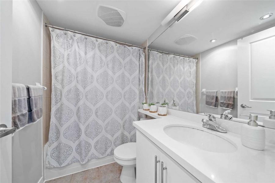 50 Lynn Williams, Canada, 1 Bedroom Bedrooms, ,1 BathroomBathrooms,Condo,Purchased,Battery Park,Lynn Williams,1228