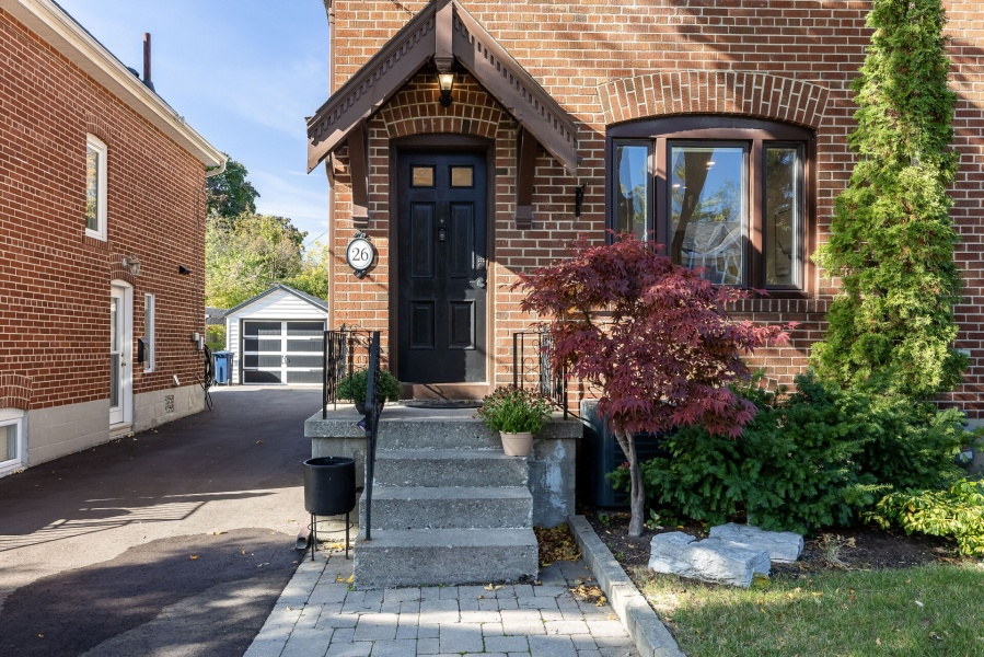 26 Glenbrae, Toronto, Canada, 3 Bedrooms Bedrooms, ,2 BathroomsBathrooms,House,For sale,Glenbrae,1239
