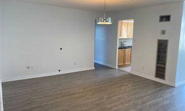 633 St Bay, Toronto, Canada, 2 Bedrooms Bedrooms, ,2 BathroomsBathrooms,Condo,Leased,Bay,25,1244