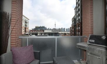 1 Shaw St,Toronto,Canada,1 Bedroom Bedrooms,1 BathroomBathrooms,Condo,Shaw St,5,1024