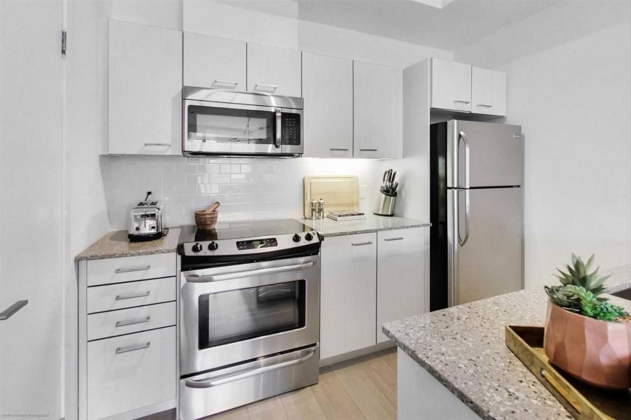 1331 Gerrard St E, Toronto, Canada, 2 Bedrooms Bedrooms, ,2 BathroomsBathrooms,House,Purchased,1331 Gerrard St E,1262