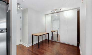 1 Scott St, Toronto, Canada, 1 Bedroom Bedrooms, ,1 BathroomBathrooms,Condo,For sale,1 Scott St,1266