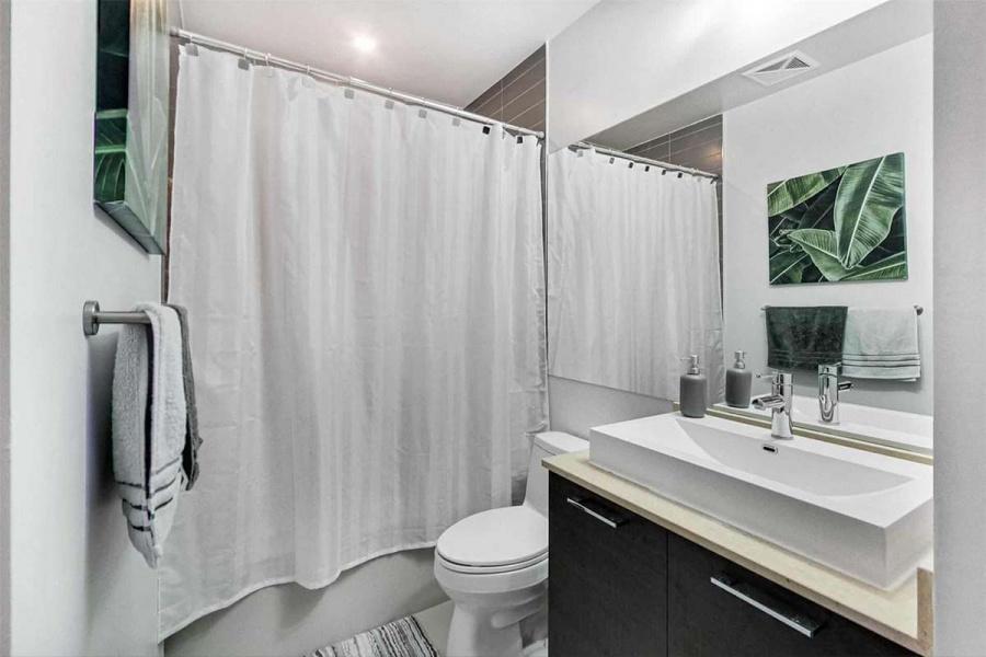 520-399 Adelaide St, Toronto, Canada, 1 Bedroom Bedrooms, ,2 BathroomsBathrooms,Condo,Leased,1270