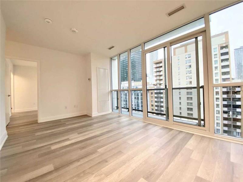 77 Mutual St, Toronto, Canada, 2 Bedrooms Bedrooms, ,2 BathroomsBathrooms,Condo,Leased,77 Mutual St,1272