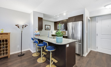 35 Bastion St., Toronto, Canada, 1 Bedroom Bedrooms, ,1 BathroomBathrooms,Condo,Sold,The York Harbour Club,Bastion St.,8,1287