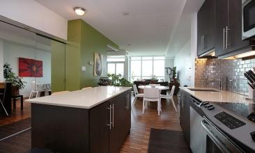 1171 Queen St W,Toronto,Canada,1 Bedroom Bedrooms,1 BathroomBathrooms,Condo,Queen St W,11,1029