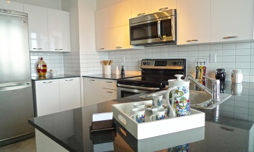 150 Sudbury St,Toronto,Canada,2 Bedrooms Bedrooms,2 BathroomsBathrooms,Condo,Sudbury St,17,1033