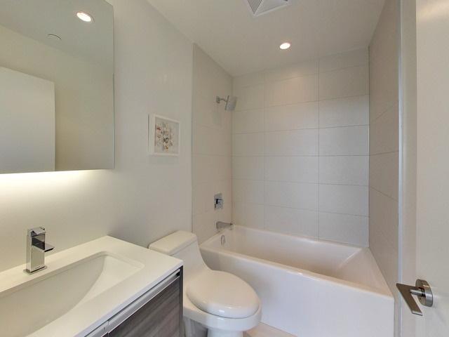 1190 Dundas St E,Toronto,Canada,1 Bedroom Bedrooms,1 BathroomBathrooms,Condo,Dundas St E,6,1037