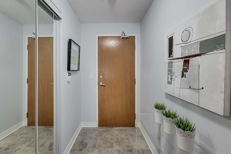 1219 Fort York Blvd,Toronto,Canada,1 Bedroom Bedrooms,1 BathroomBathrooms,Apartment,Fort York Blvd,1040