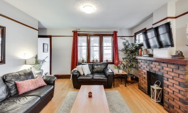 767 Annette St,Toronto,Canada,4 Bedrooms Bedrooms,2 BathroomsBathrooms,House,Annette St,1081
